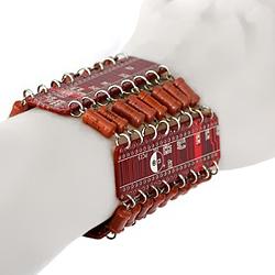 Браслет «Digital-L» c  радиодеталями   1500 руб.