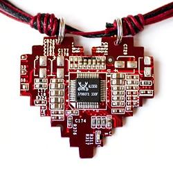 Кулон «Pixel heart» | 600 руб.